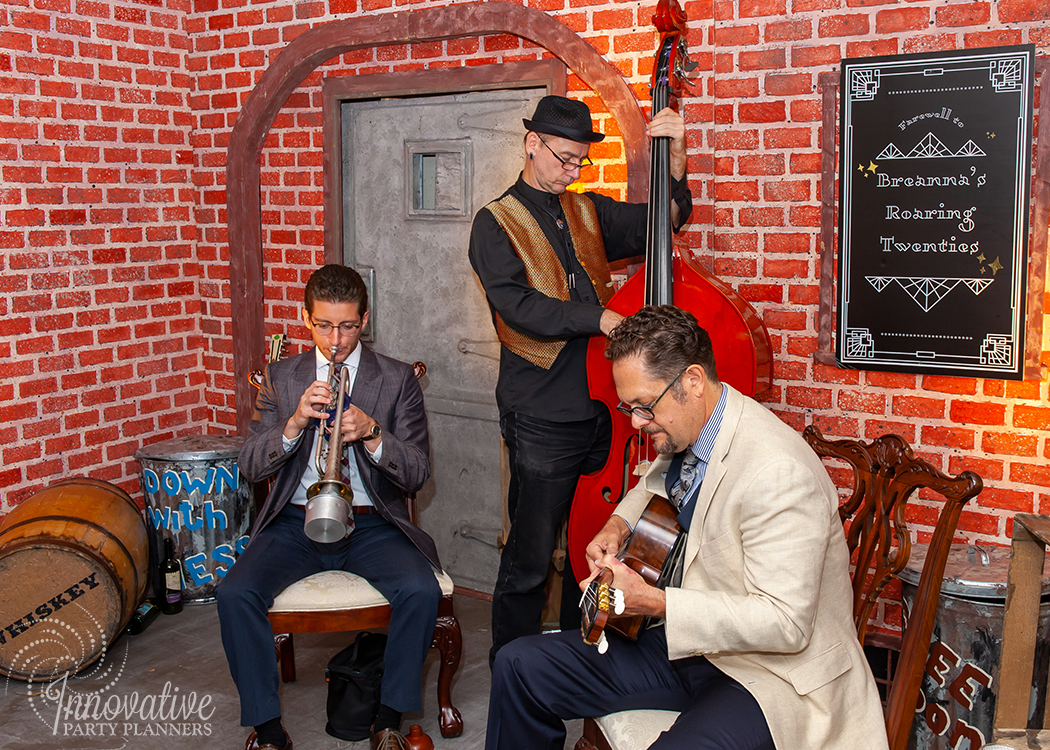 Musicians_Speakeasy_Roaring Twenties Birthday Celebration_by Innovative Party Planners_2.jpg