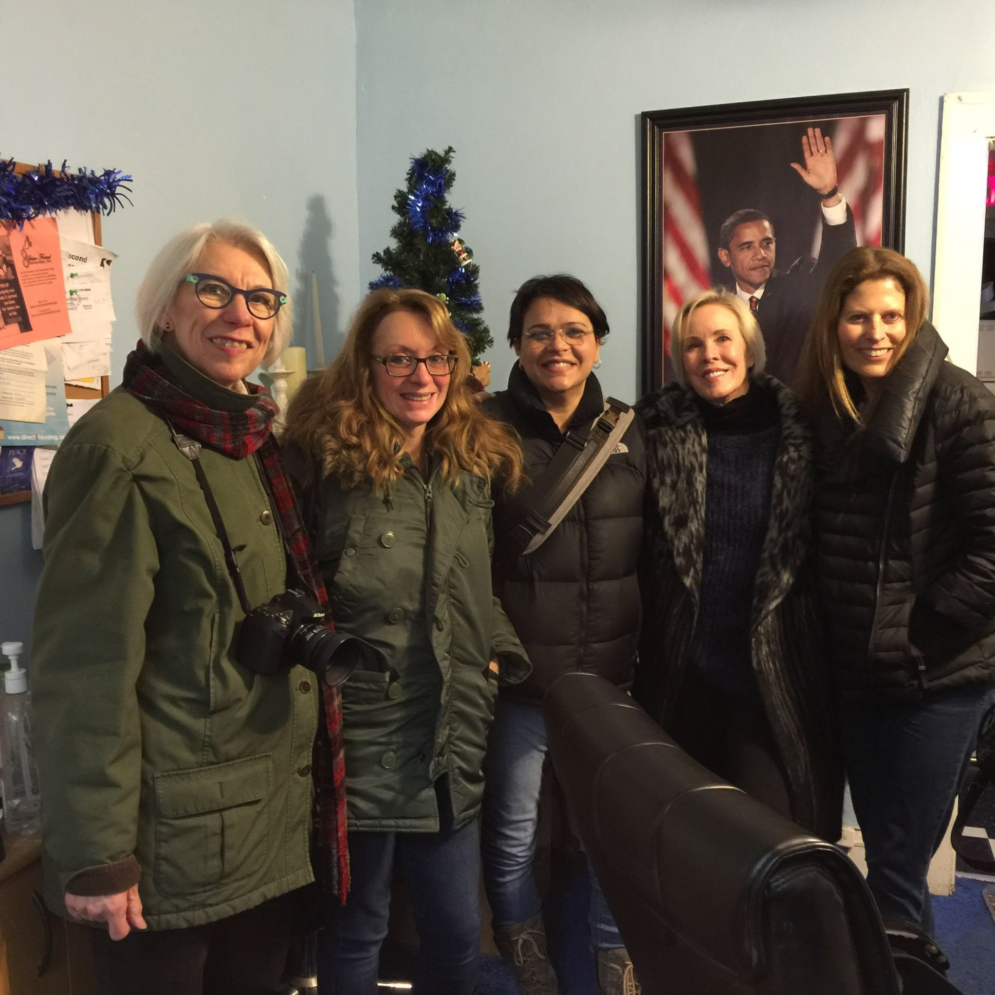Women in Focus Chicago members volunteer for the first session of the project