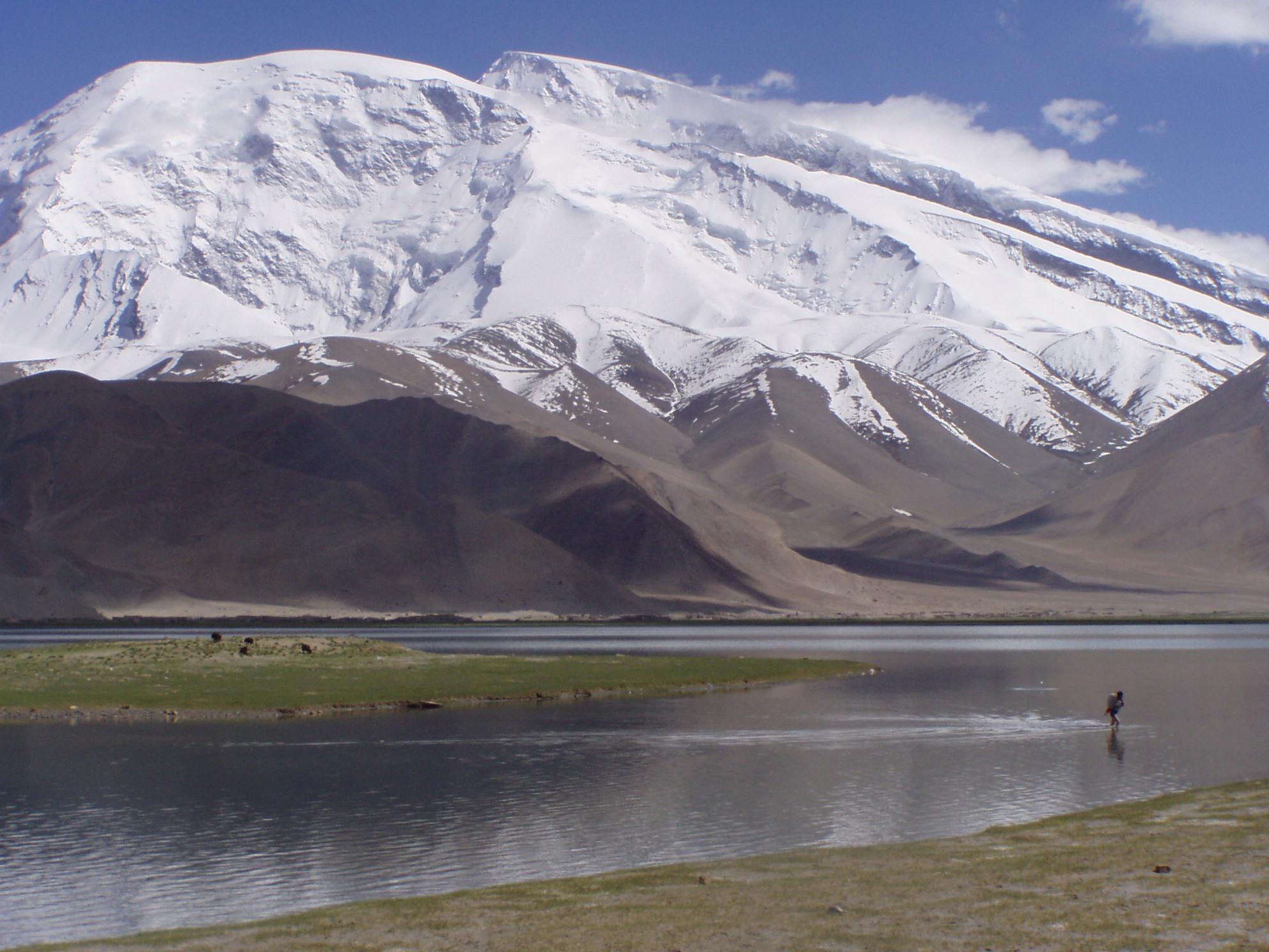 Karakul Lake, Day One 9.JPG