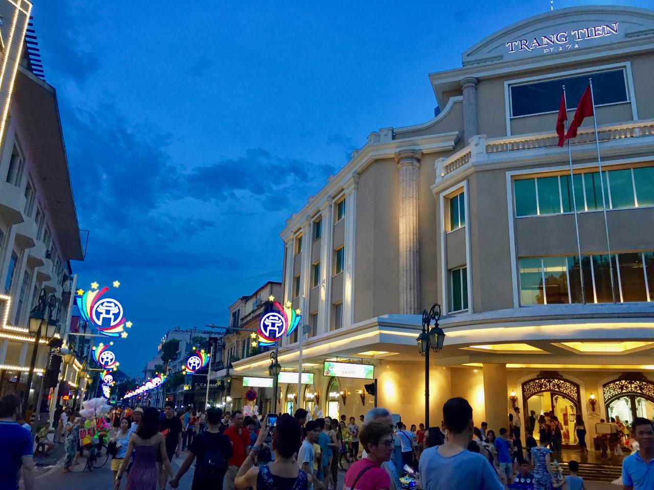 Trang Tien Plaza.jpg