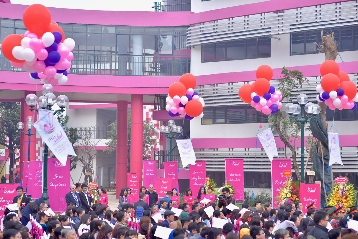 Grand Opening Balloons.jpg
