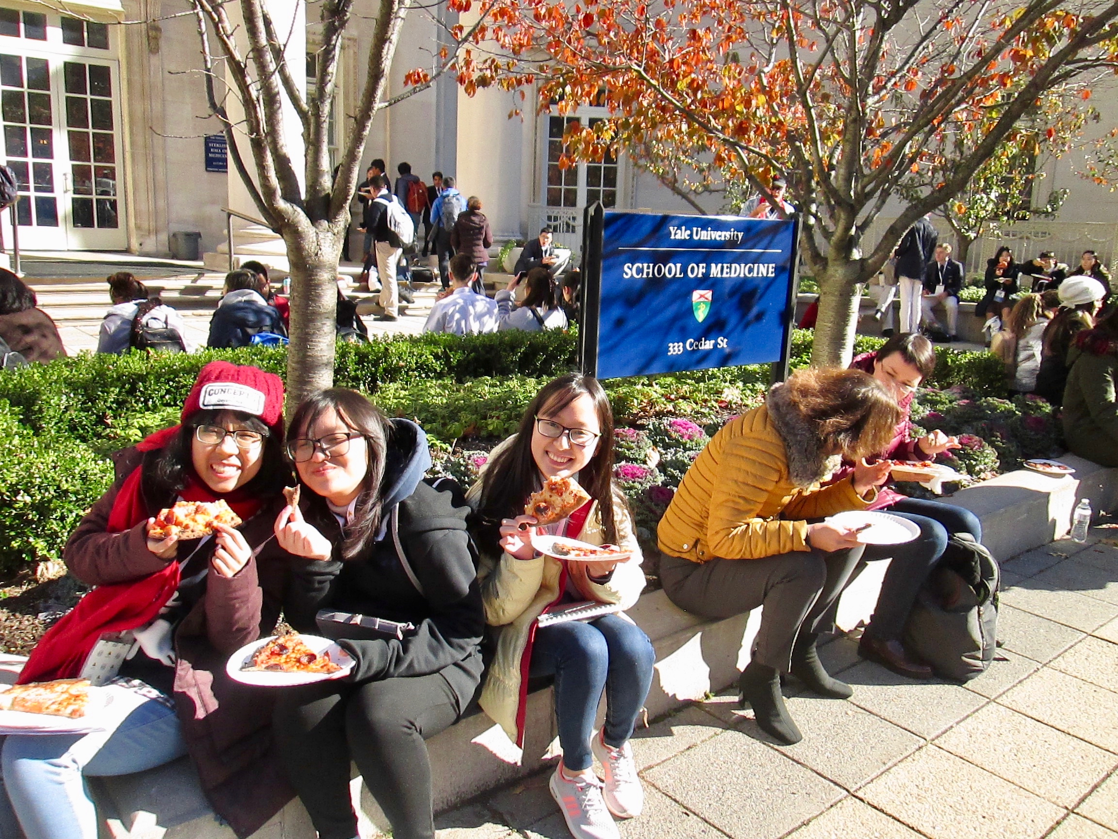 Pizza at Yale.jpg
