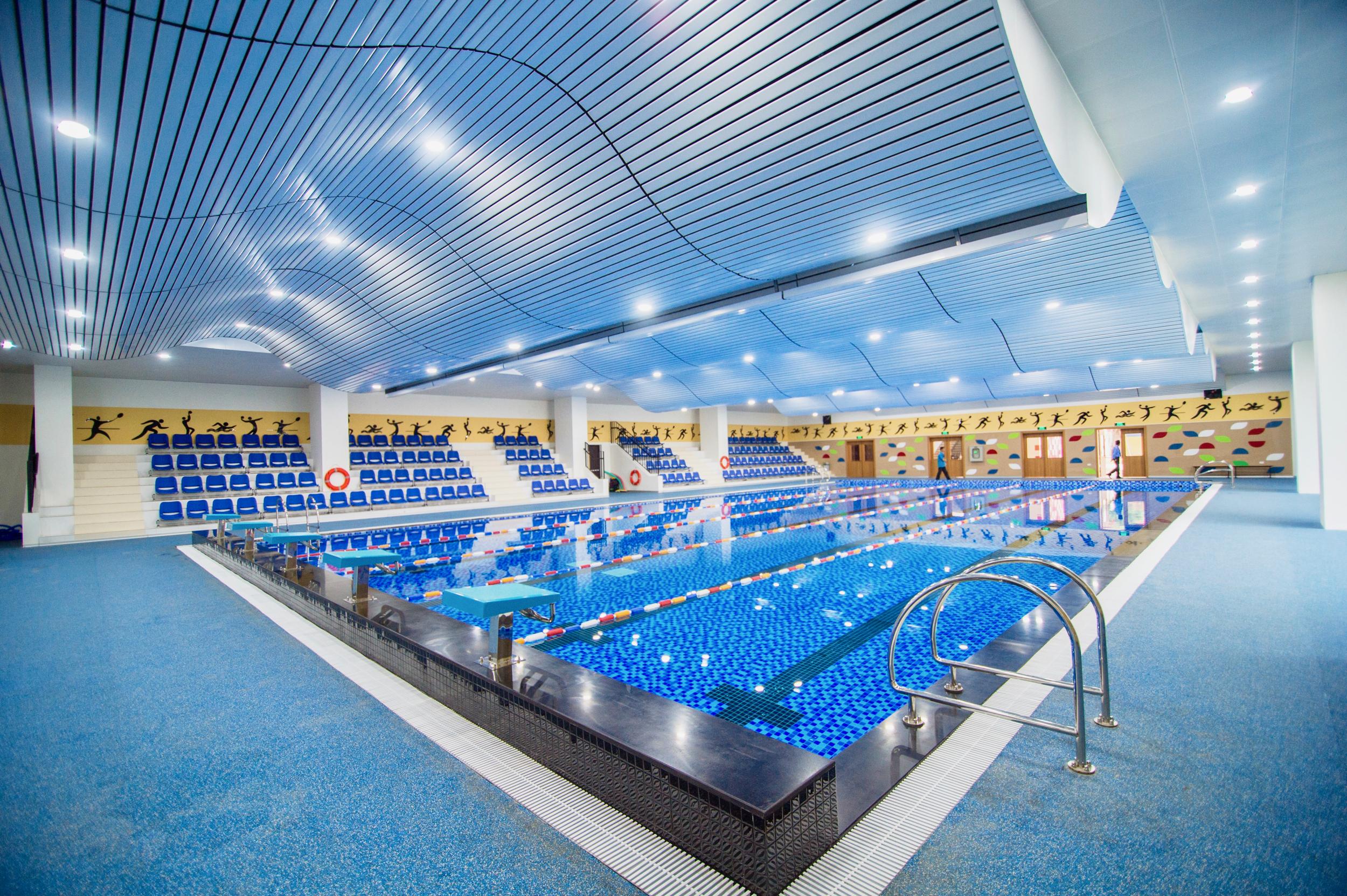 Hoa Lac Aquatic Centre.jpg
