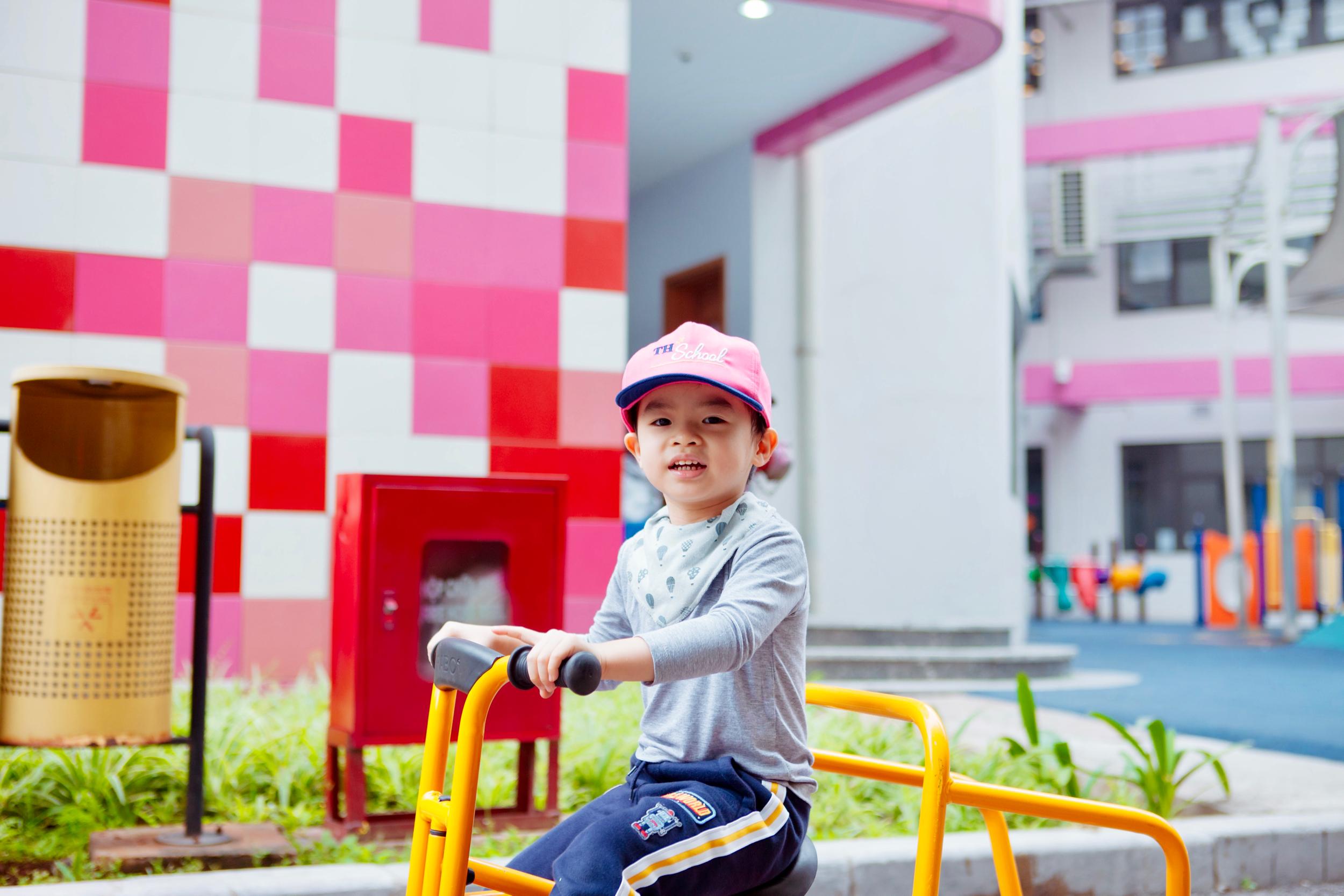 KG playground True.jpg