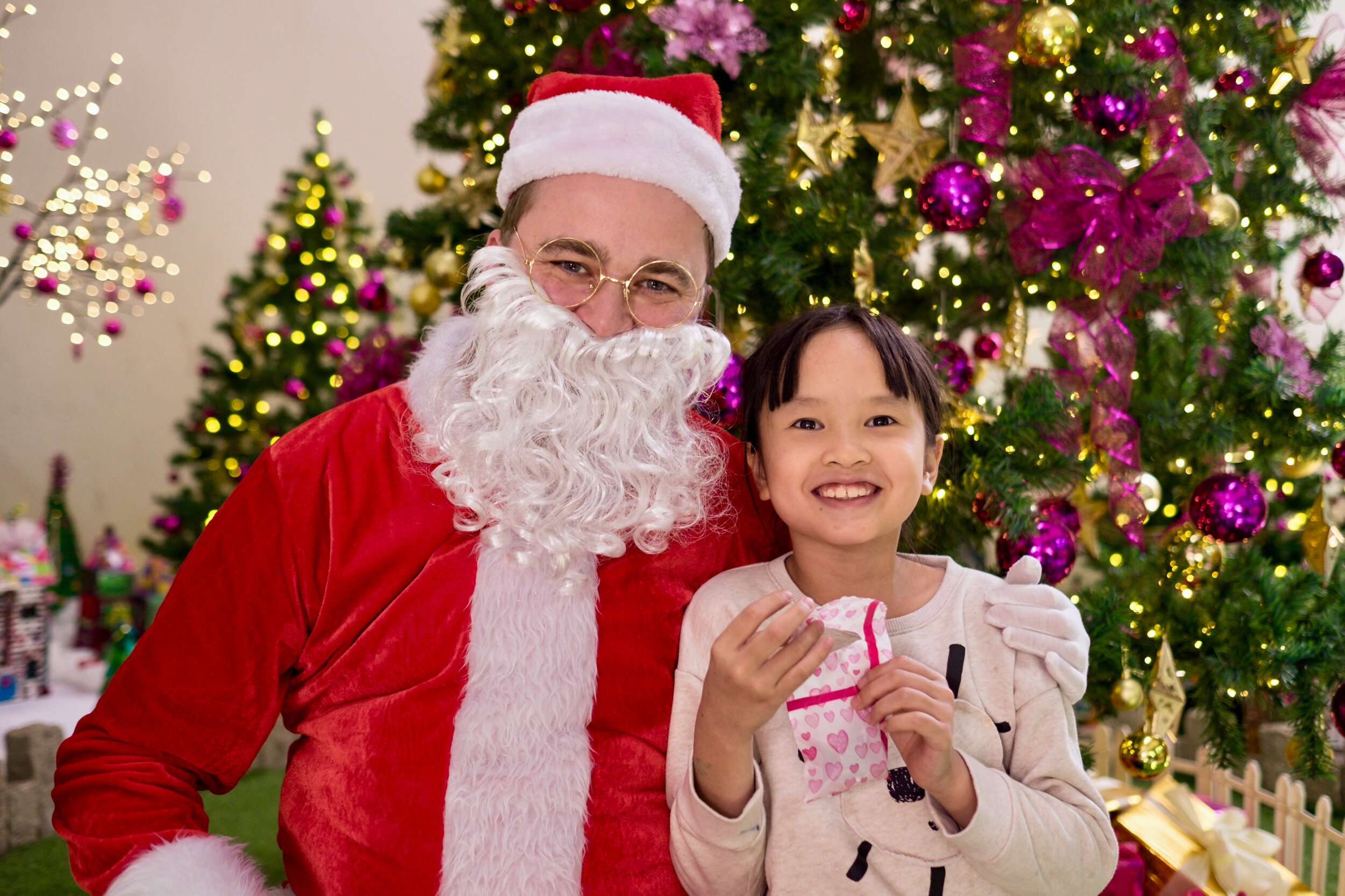 Photoshoot with Santa Clause-567.jpg