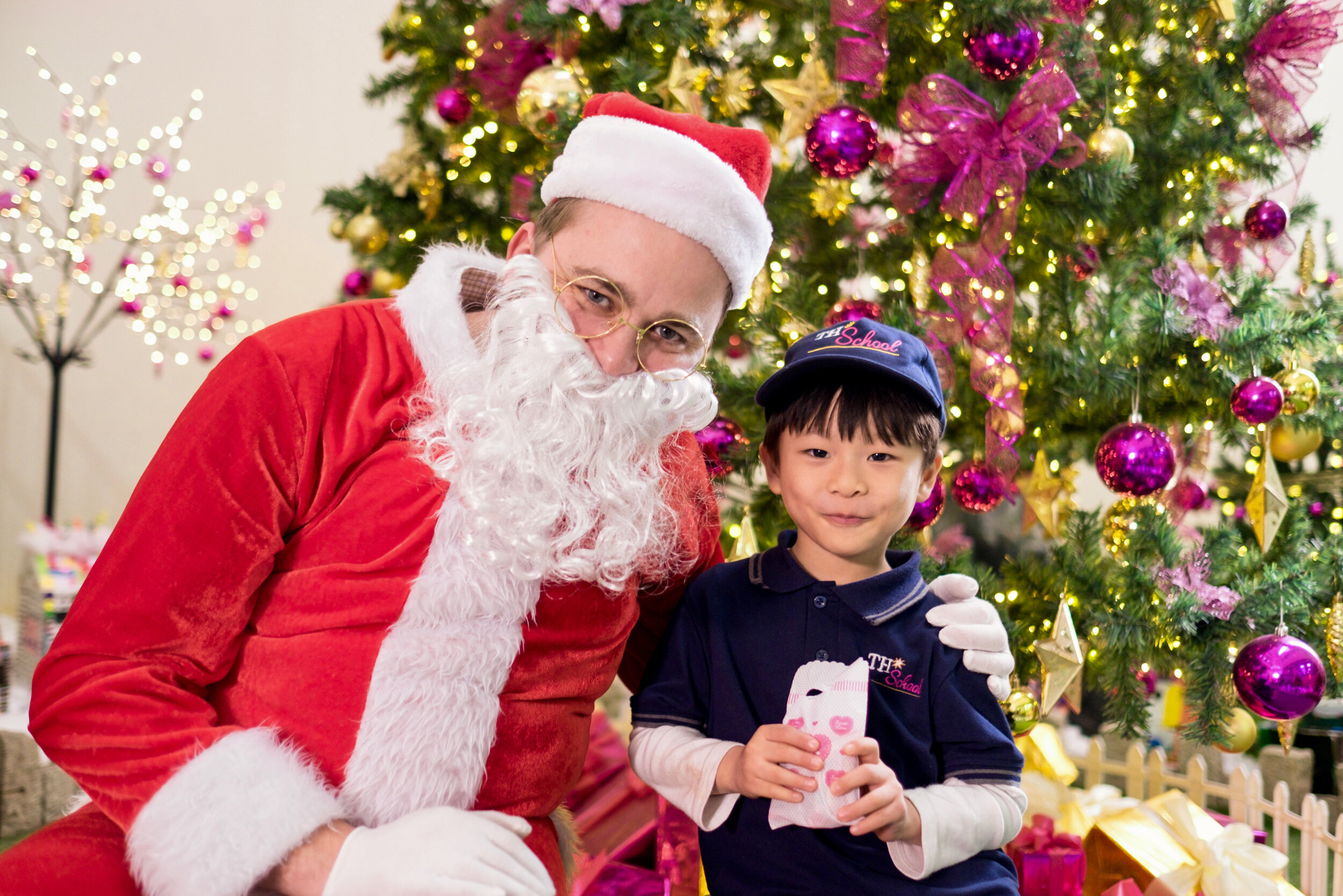 Photoshoot with Santa Clause-767.jpg