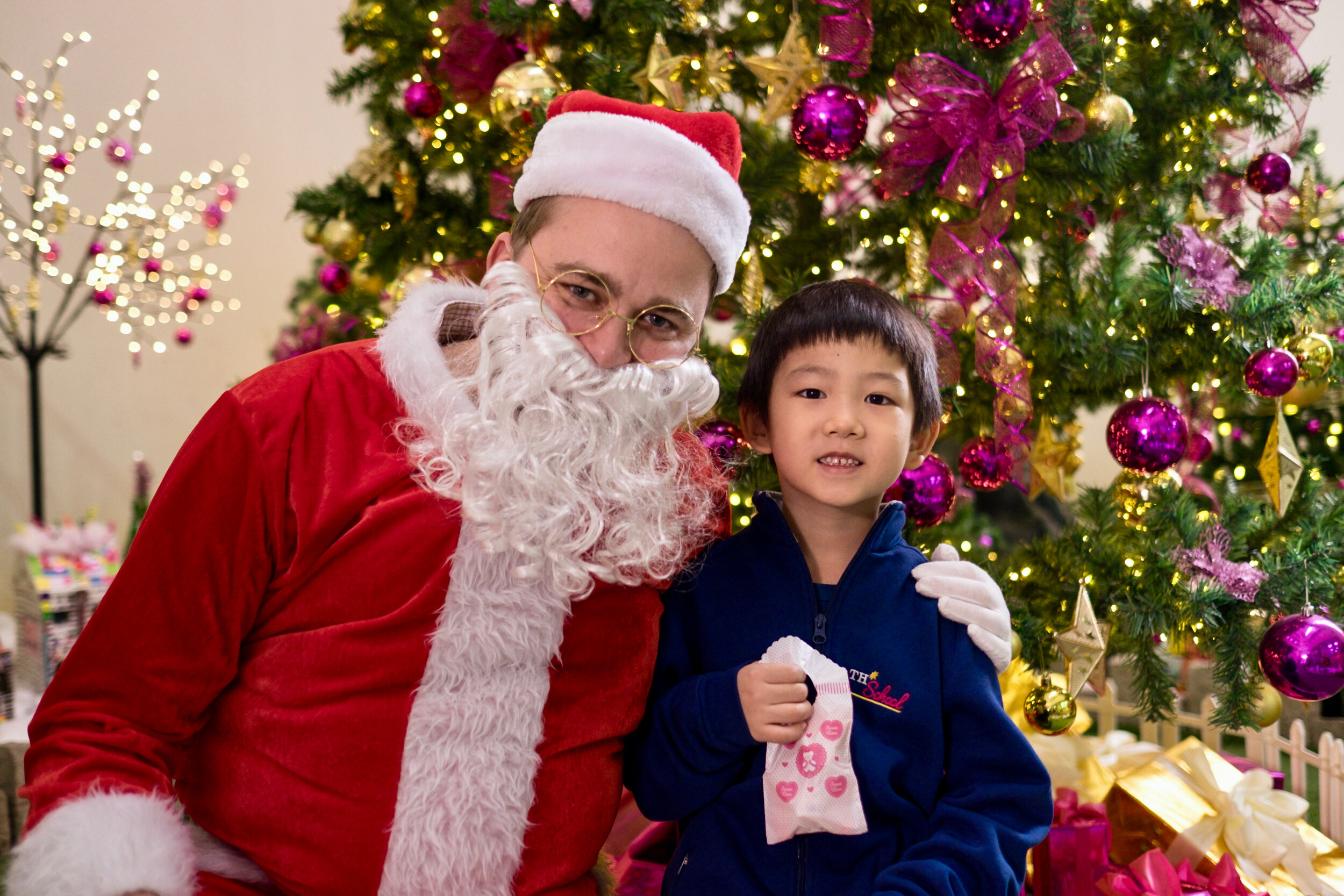 Photoshoot with Santa Clause-792.jpg
