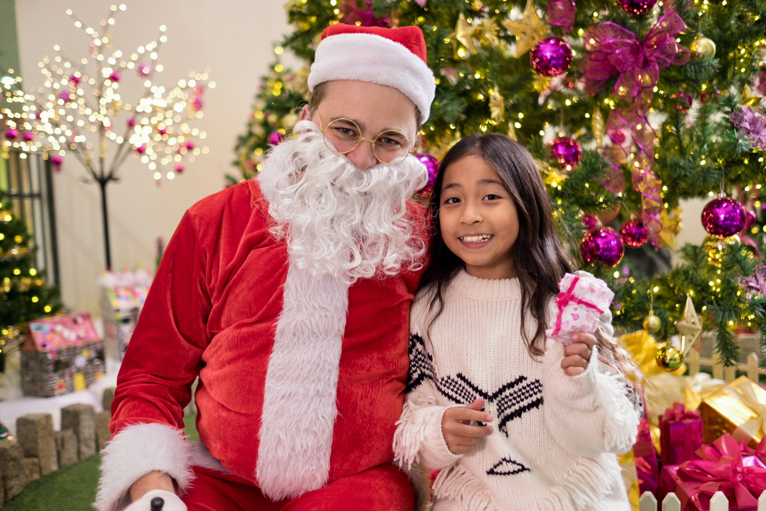 Photoshoot with Santa Clause-861.jpg
