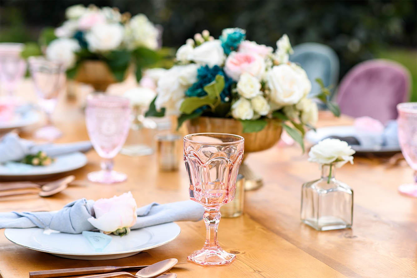 Light and bright wedding table Southern California