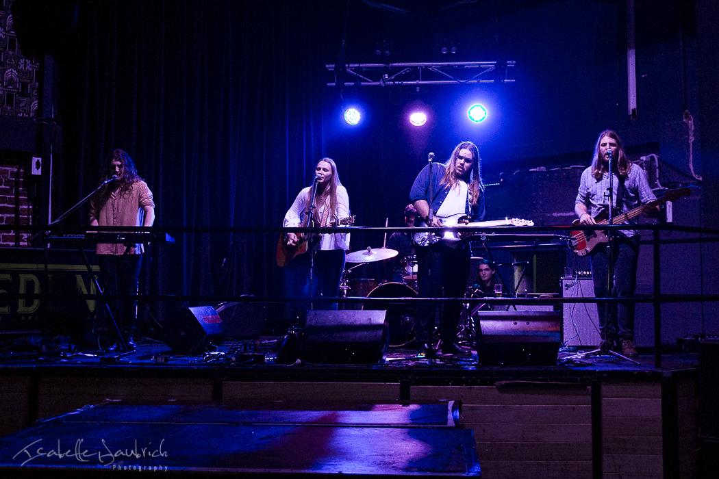 Savannah & The Strays 7.jpg