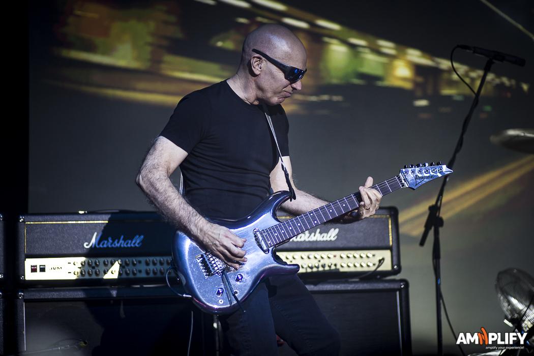 Joe Satriani 1.jpg