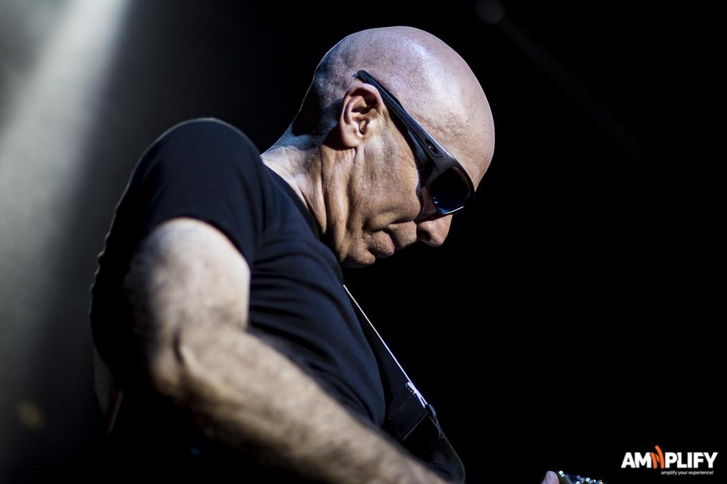Joe Satriani 5.jpg