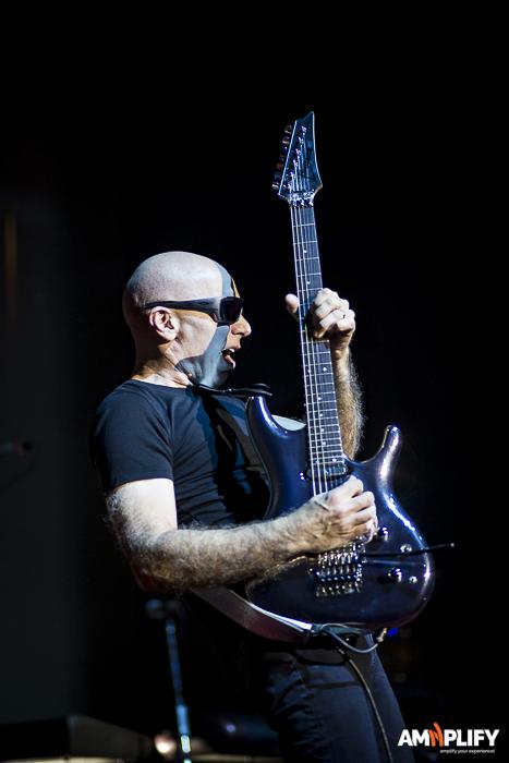 Joe Satriani 7.jpg
