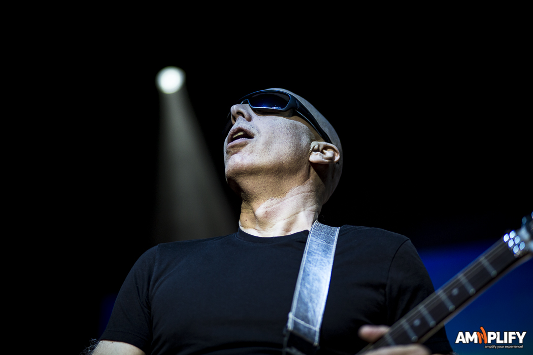 Joe Satriani 21.jpg