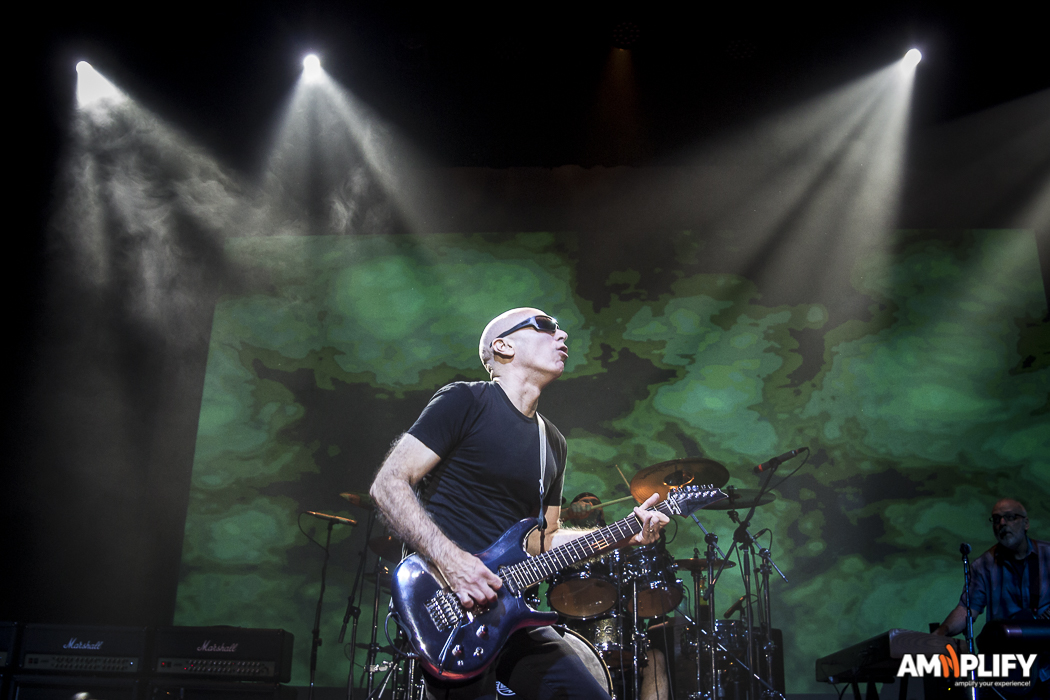 Joe Satriani 29.jpg
