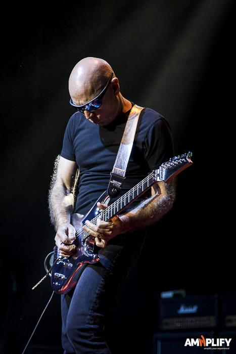 Joe Satriani 33.jpg