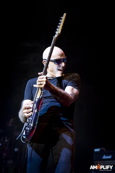 Joe Satriani 34.jpg