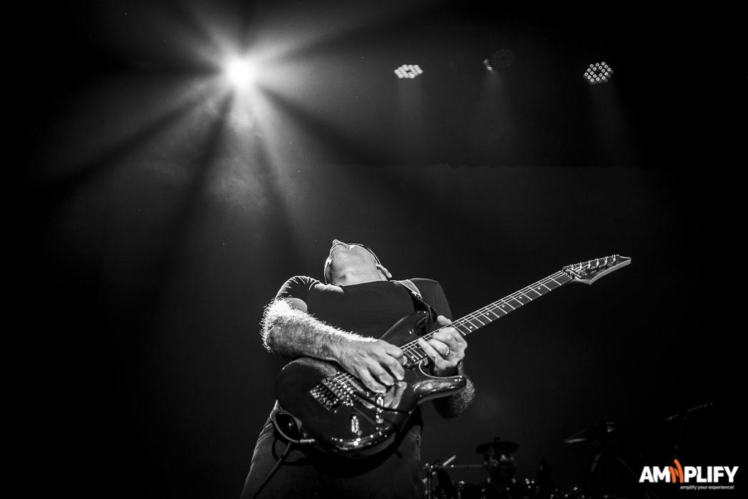 Joe Satriani 41.jpg