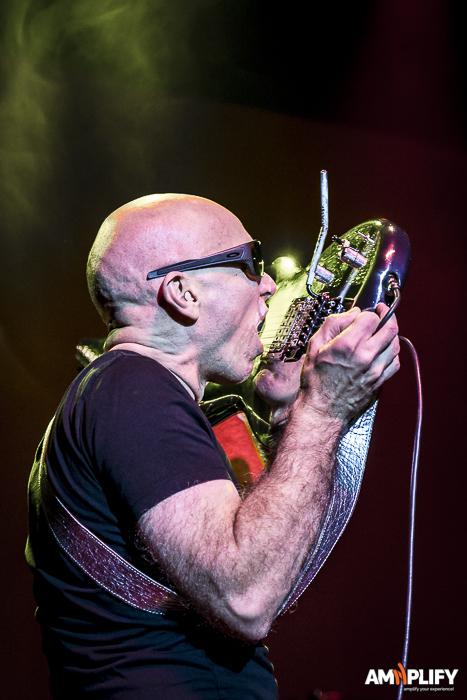Joe Satriani 46.jpg