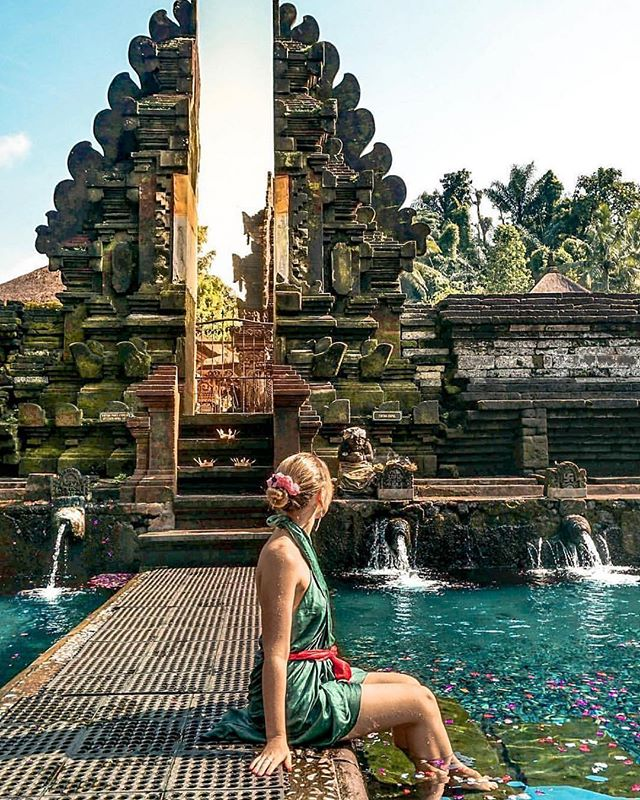 Be hypnotised by the beauty of the majestic Turts Empul Holy Water Temple! #bali #travelgoals . . . For more than a thousand years, Balinese worshippers have been drawn to Pura Tirta Empul, whose sacred spring is said to be created by the legendary Indra. For more than a thousand years - the Balinese have come to bathe in the sacred waters for healing and spiritual merits. The main attraction here is a rectangular pool with 12 fountains. 📸 @agirlwhoblooms via @thebaliguideline . . . #ubud #seminyak #bali #luxuryvilla #kerobokan #whotel #nightlife #nightclub #dorset #bournemouth #girl #boy #model #islandlife #tropical #mixology #cocktail #cool #party #instagood #picoftheday #photography #paradise #bar #kiss