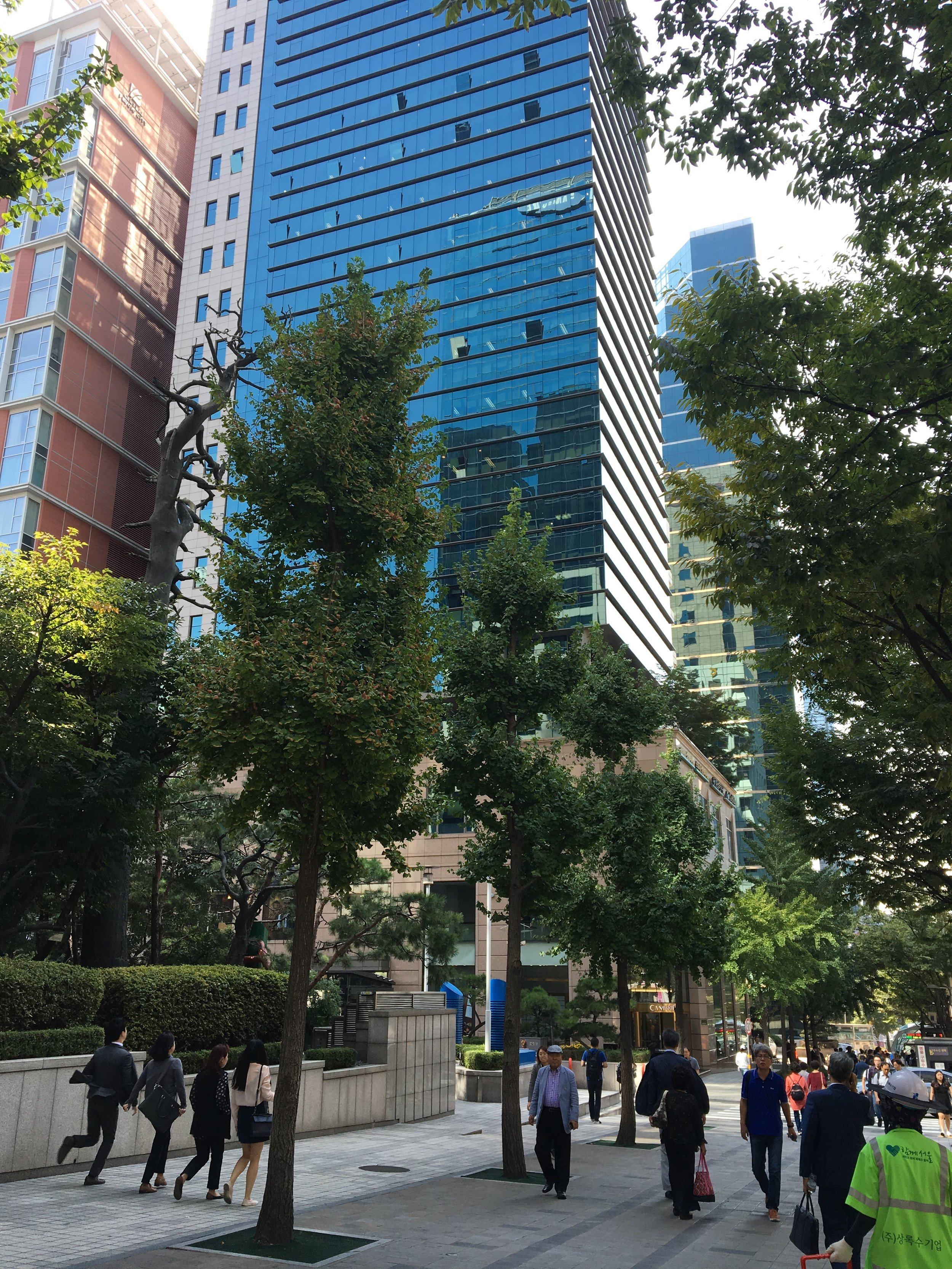 2. Take a right turn (opposite direction from bus) - when you get off from the bus and walk down to Gangnam station exit #1 (about 2 mins)