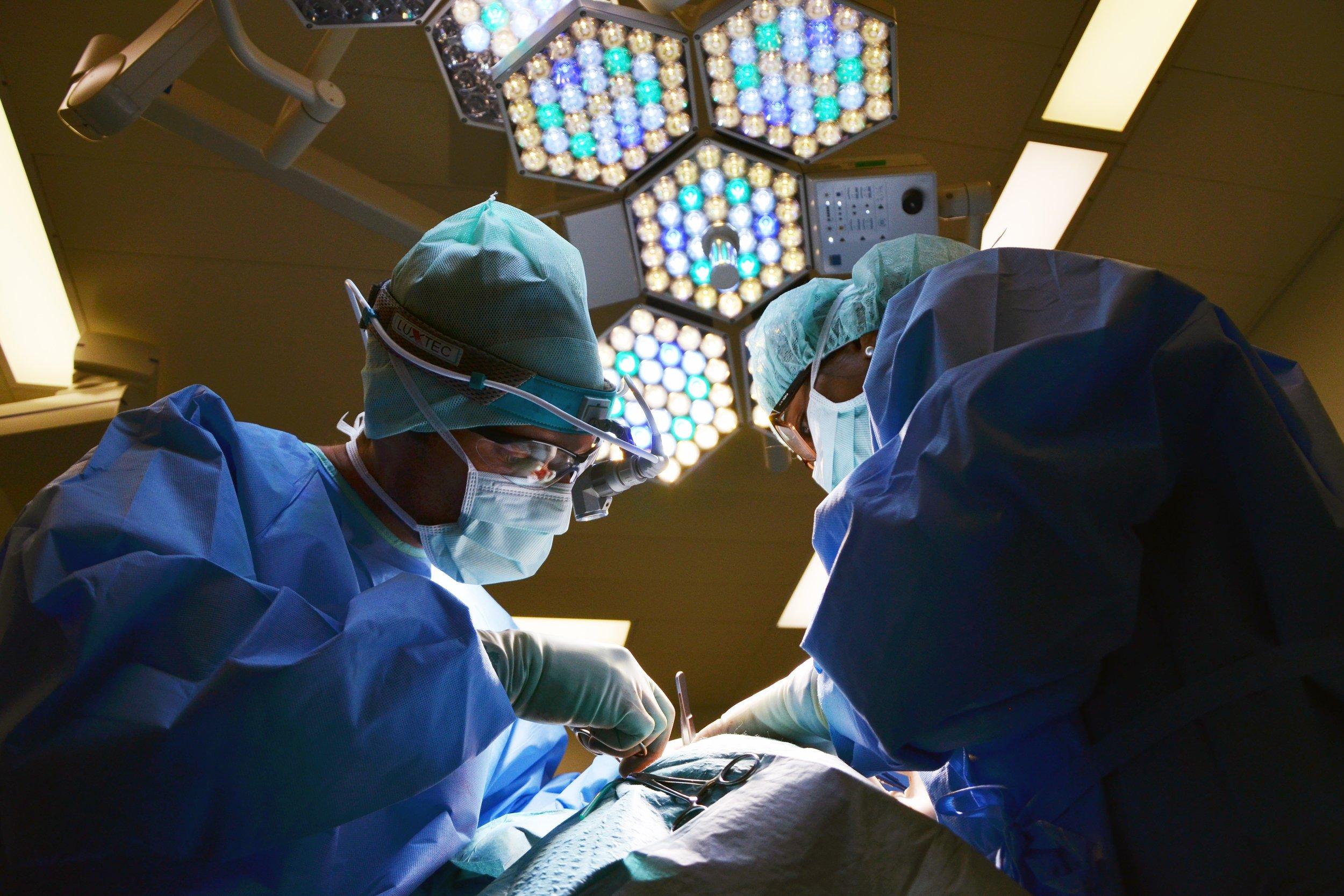 doctor-650534.jpg