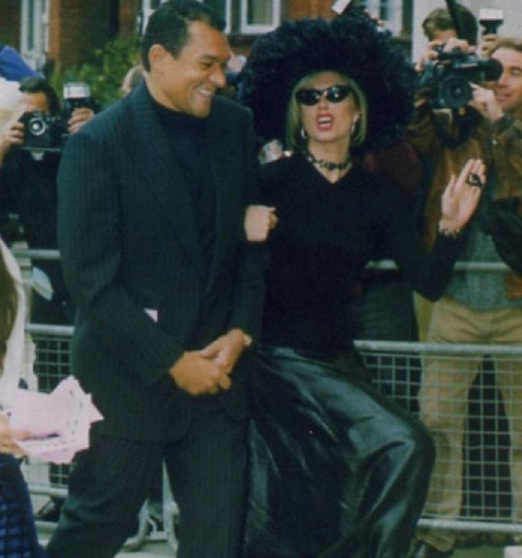 joanna lumley:patsie 1994.png
