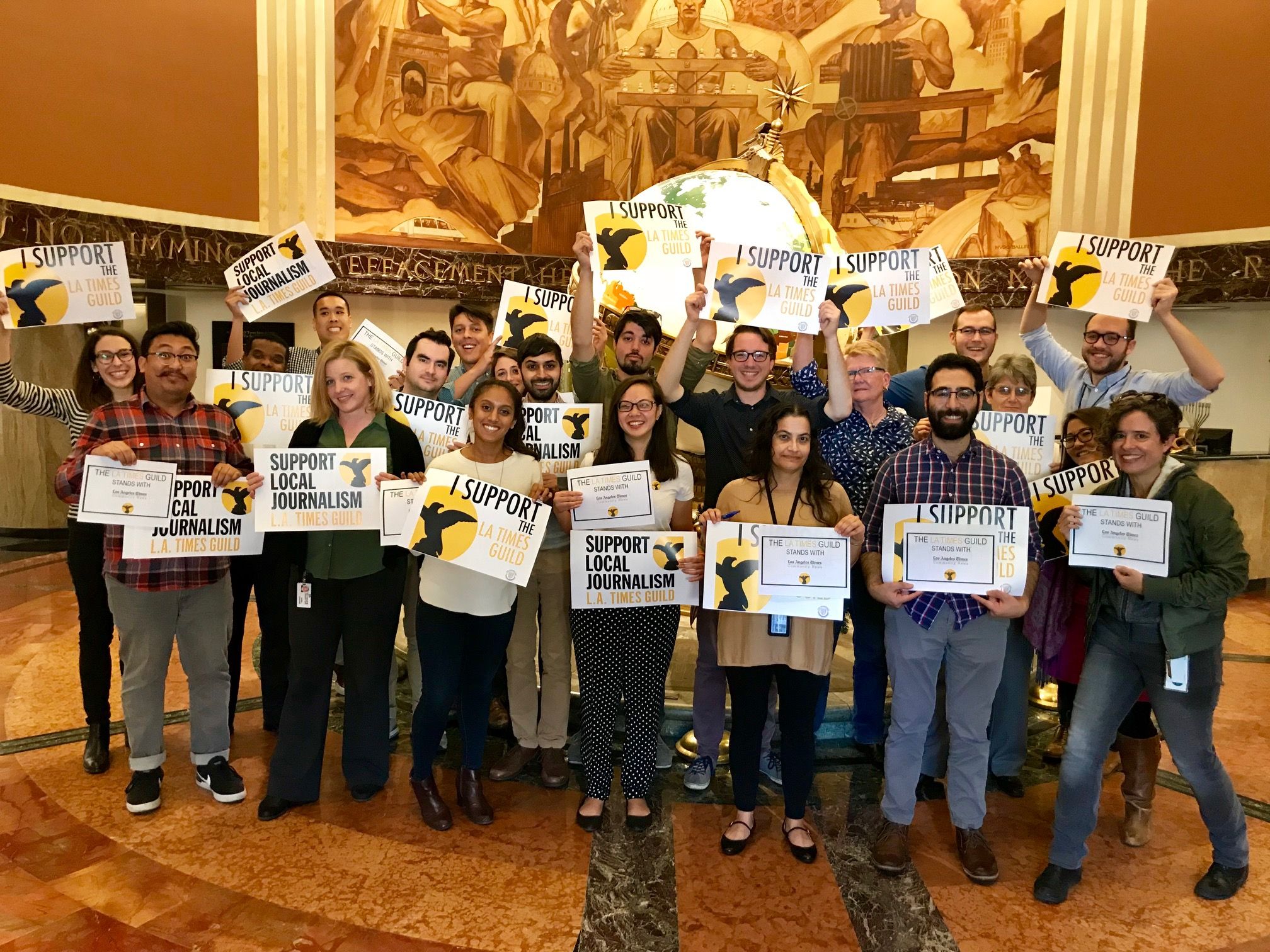 Members of the L.A. Times Guild organizing committee show their support for Times Community News.