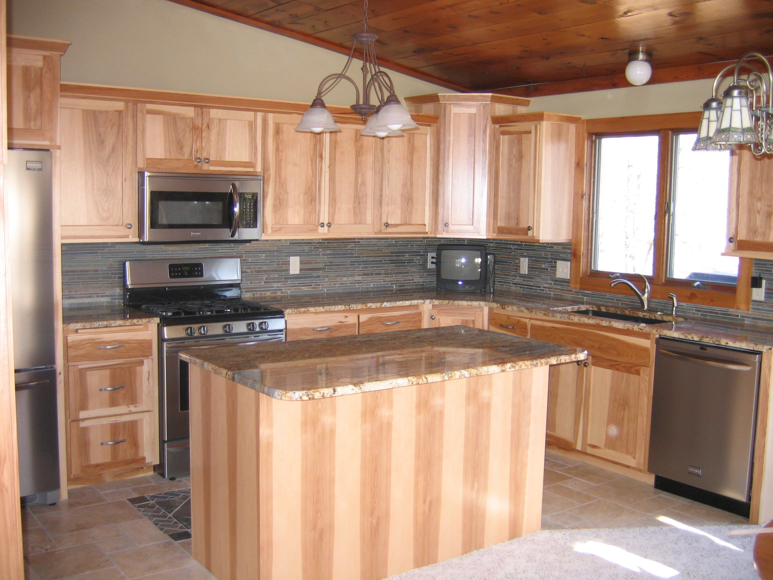 kitchen 004.JPG