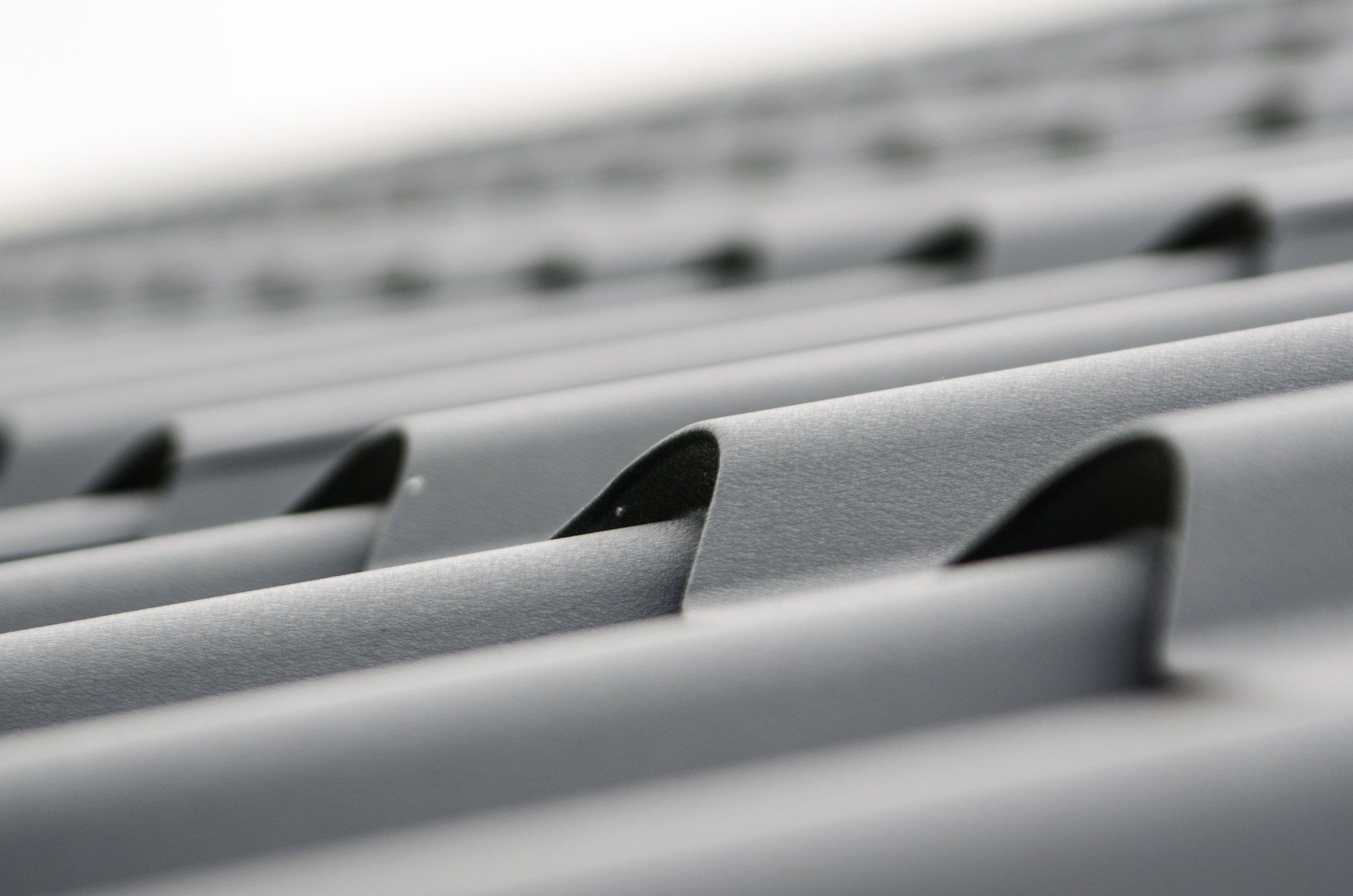 roof-plate-tiles-brick-black.jpg