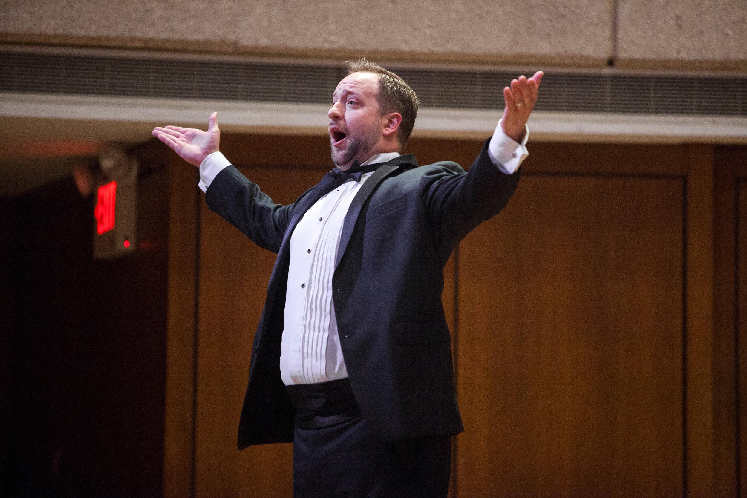 Benjamin Cox, baritone