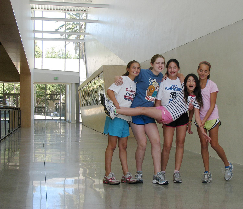 mac-hall-fame-girls.jpg
