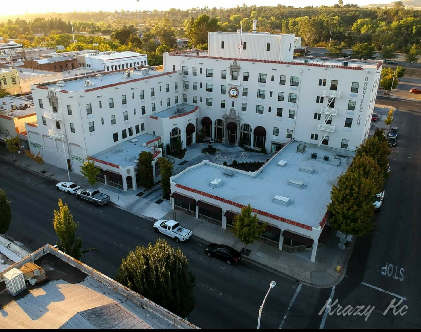 Historic Oroville Inn - We're so excited to see the Oroville Inn brought back up to it's former glory, and look forward to seeing many beautiful weddings and events held here. For more information visit their Facebook page!
