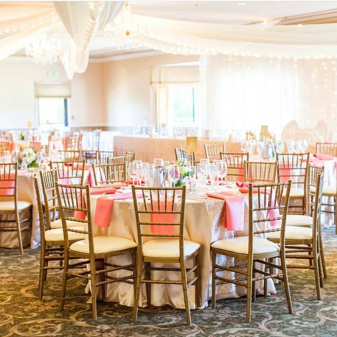 Canyon Oaks Country Club - Canyon Oaks offers a versatile wedding experience for couples with indoor and outdoor space. In-house catering, venue coordination, bartending and tables & chairs are just a few of the great amenities included. Check your date with Canyon Oaks today!