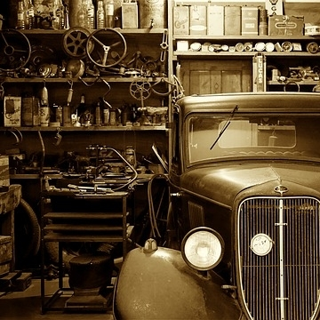 25% of Americans can't fit their car into their garage because of all the junk. -