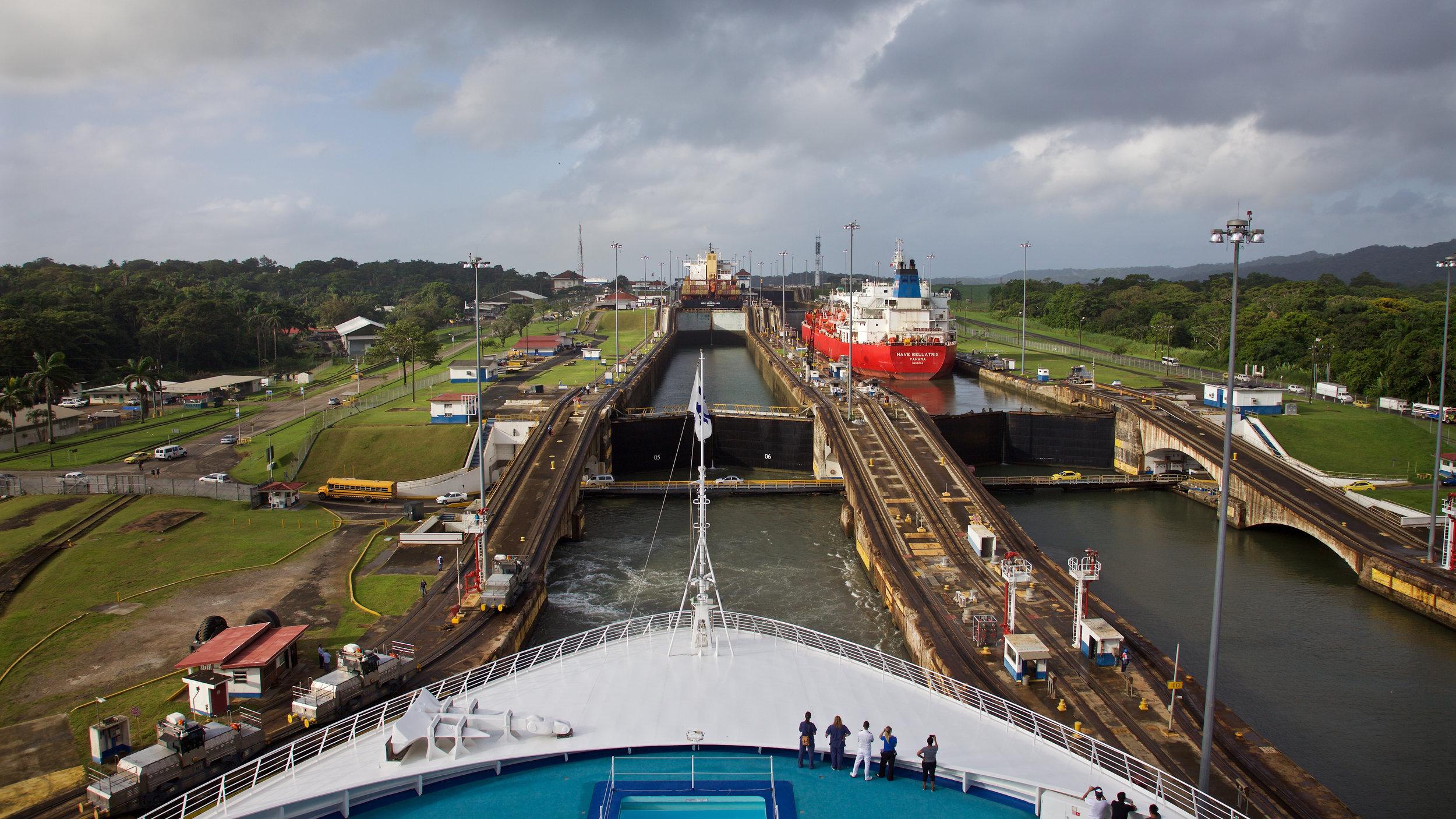 WC2015_Panama Canal_Gatun Locks_12.jpg