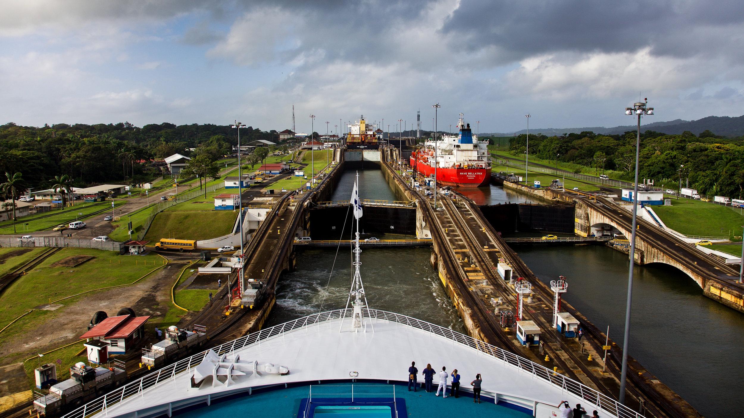WC2015_Panama Canal_Gatun Locks_12-2.jpg