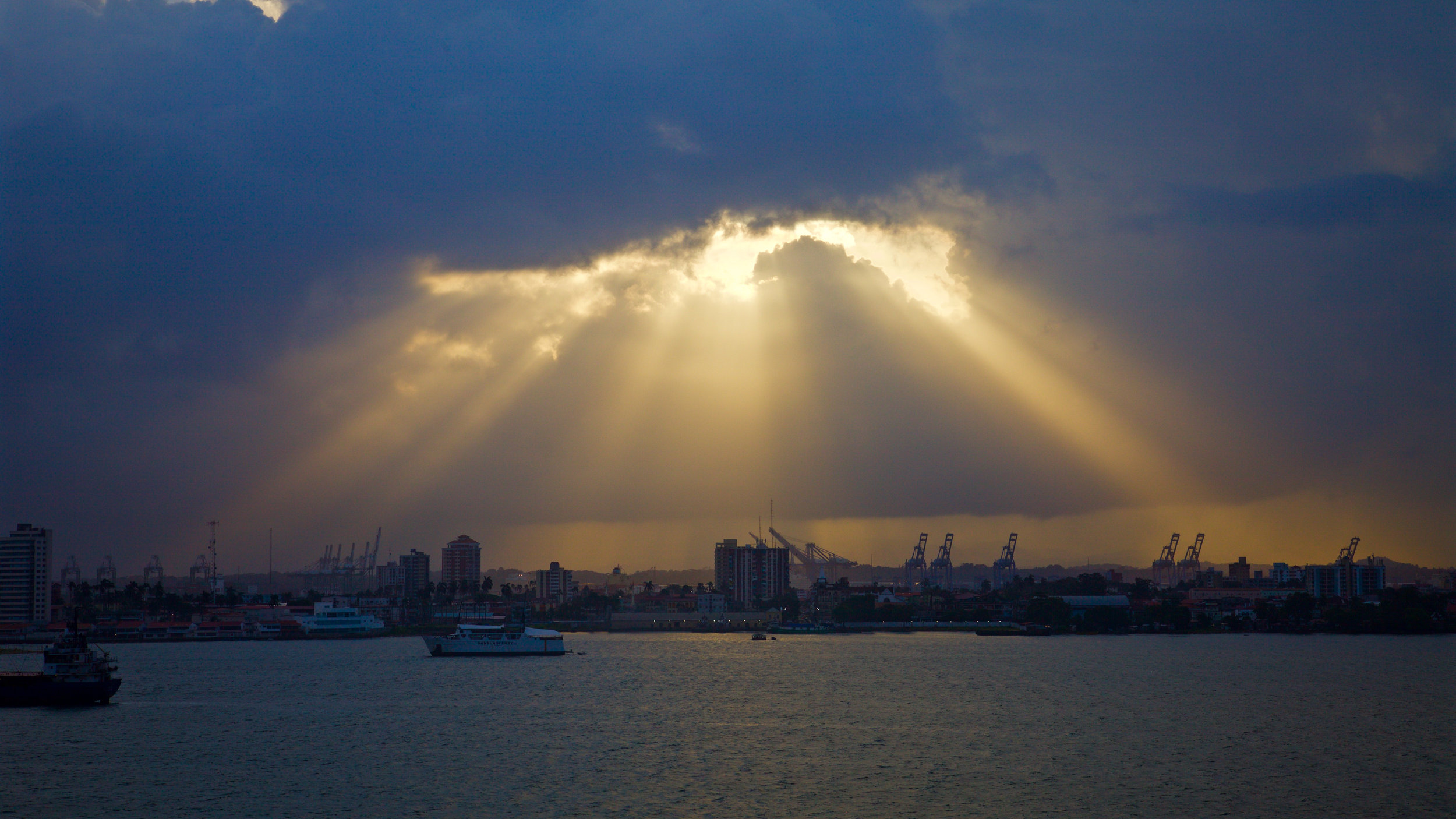WC2015_Panama Canal_Morning_02-2.jpg