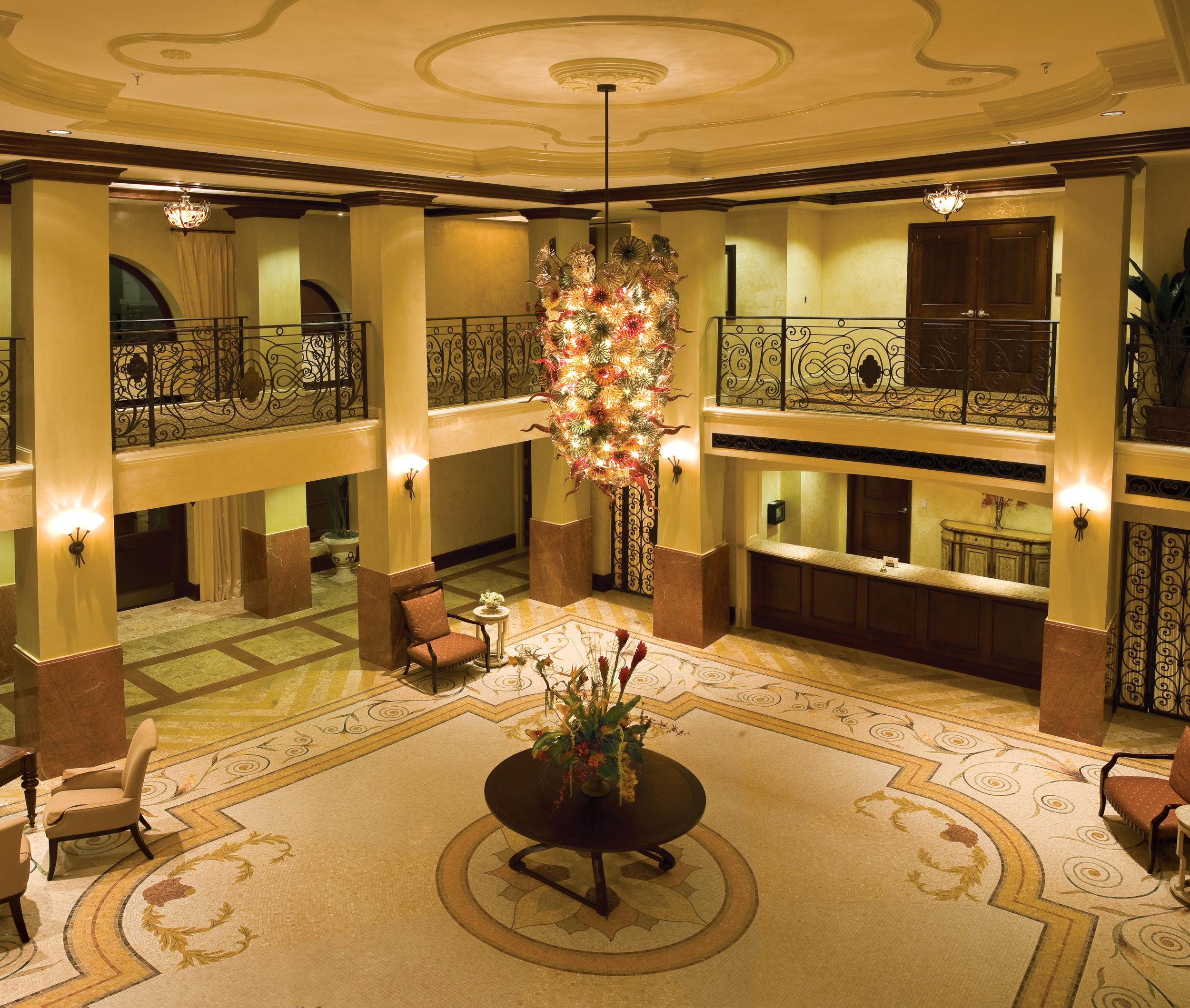 The Hotel at Naples Bay Resort (lobby)