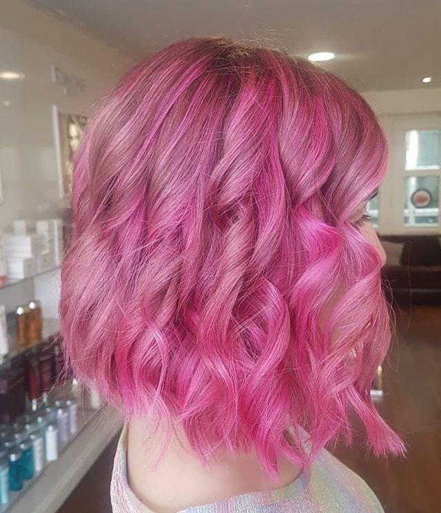 Loving this pink transformation by Sophie 😍 . . . . . #hair #hairstyle #instahair #hairstyles #haircolour #haircolor #hairdye #hairdo #haircut #longhairdontcare #fashion #straighthair #longhair #style #straight #curly #blonde #brunette #hairoftheday #perfectcurls #hairfashion #hairofinstagram #coolhair #dublin #donnybrook #olaplex #dublinsalon #dublinblonde #blondehairdontcare