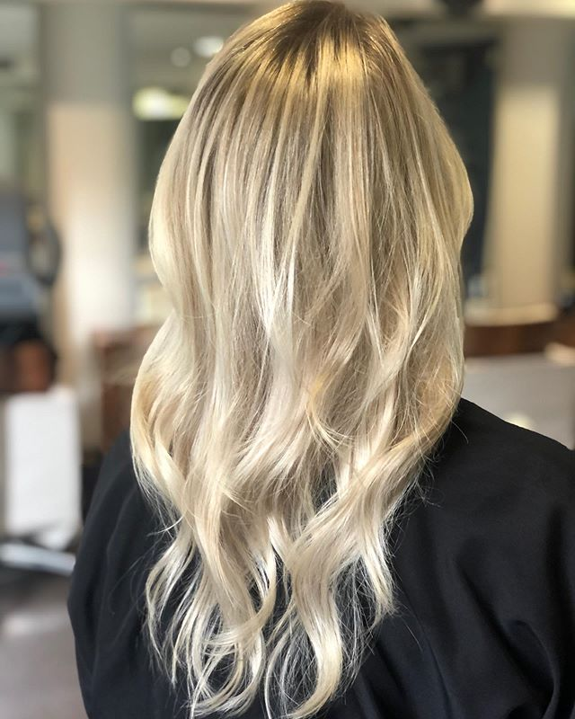 Highlights by Andre . . . . #hair #hairstyle #instahair #socialenvy #hairstyles #haircolour #haircolor #hairdye #hairdo #haircut #longhairdontcare #braid #fashion #straighthair #longhair #style #straight #curly #black #brown #blonde #brunette #hairoftheday #hairideas #perfectcurls #hairfashion #hairofinstagram #coolhair