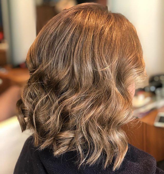 Highlights by Hazel . . . . #hair #hairstyle #instahair #socialenvy #hairstyles #haircolour #haircolor #hairdye #hairdo #haircut #longhairdontcare #braid #fashion #straighthair #longhair #style #straight #curly #black #brown #blonde #brunette #hairoftheday #hairideas #perfectcurls #hairfashion #hairofinstagram #coolhair