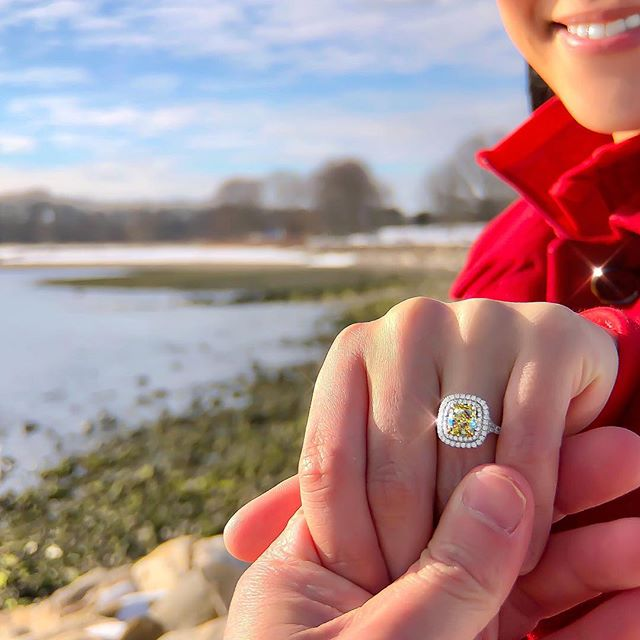 "There's no better feeling (personally) than when I get a ""She Said Yes"" text from my wonderful clients!  This is why I do, what I do!  Happy Friday! 😇✨ 💍 • • • #Shesaidyes #Proposal #Beauty #Design #Style #Engaged #Bespoke #Instarings #GIA #Diamondring #Bridal #She_saidyes #Thecaratclub #Theknotrings #Gemhuntrings #Vibesjewelery #Finejewelry #Elegance #Privatejeweler #Wholesale #Highend #Luxury #Love #Picoftheday #Fire #Bling #Brilliance #NYC #ASDgems"