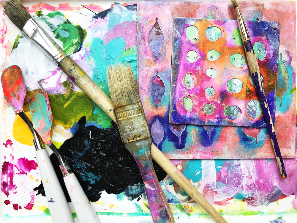 A COLLECTION OF MIXED MEDIA ONLINE CLASSES.png