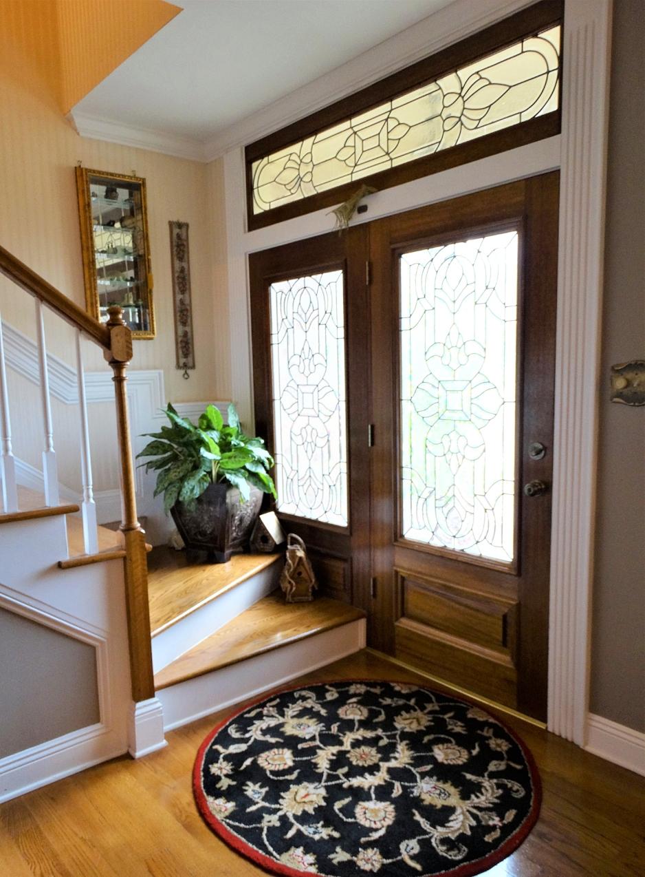 inside front door - m.jpg