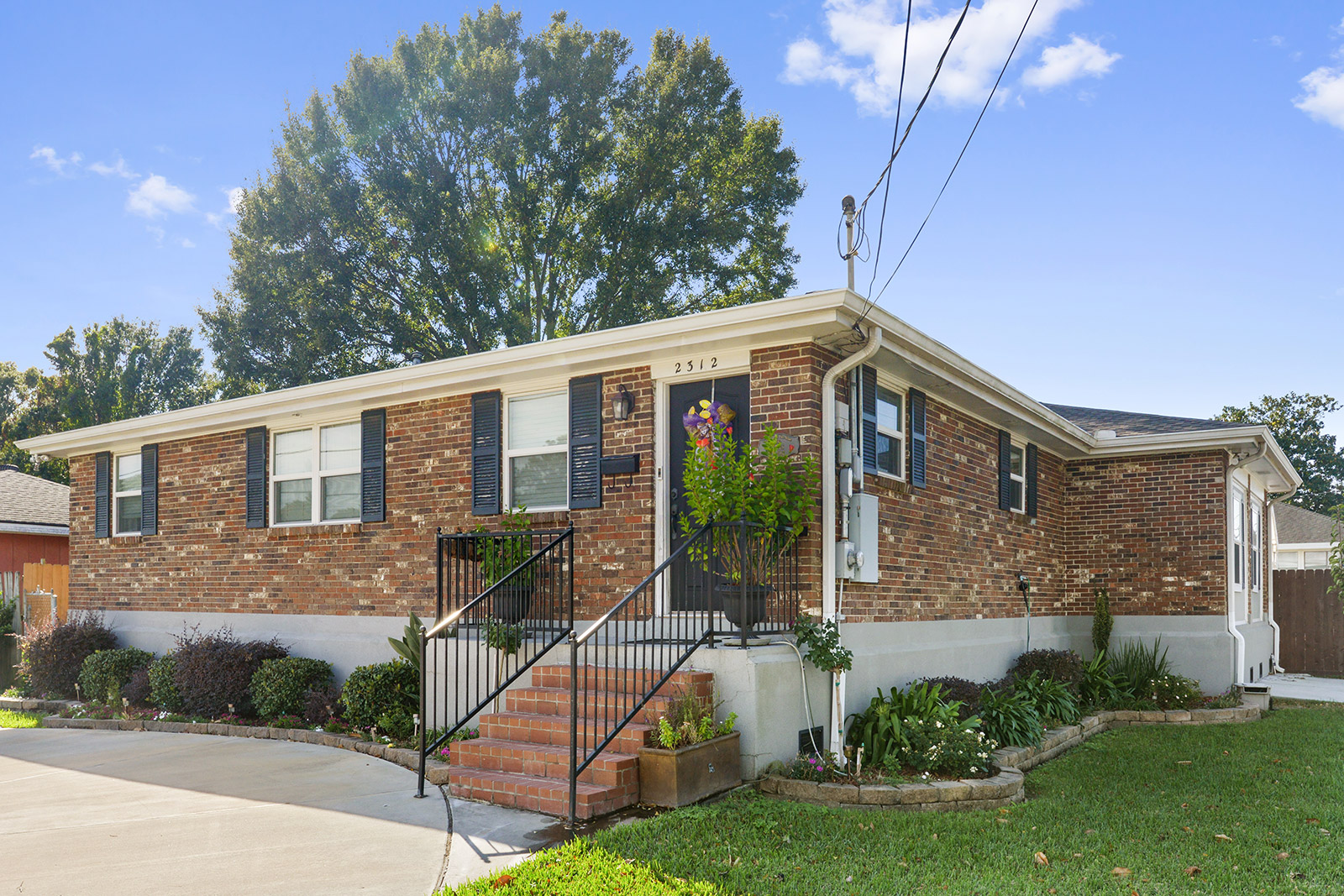 SOLD! - 2312 TAFT PARK METAIRIE, LA 70001
