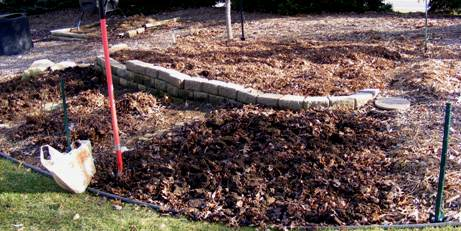 Dig in the Garden by Midwest Gardening.JPG