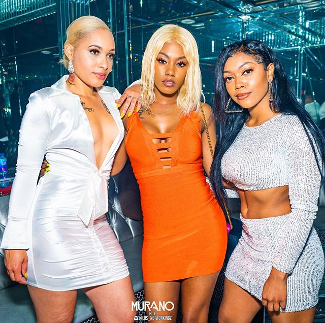 Three 😻💎😻 better than two 👯‍♀️ Join  us 💎 Celebrate Life with us #MuranoTuesdays 🎬 #Nightlife #LosAngeles #Lifestyle #Murano #LA 🥂