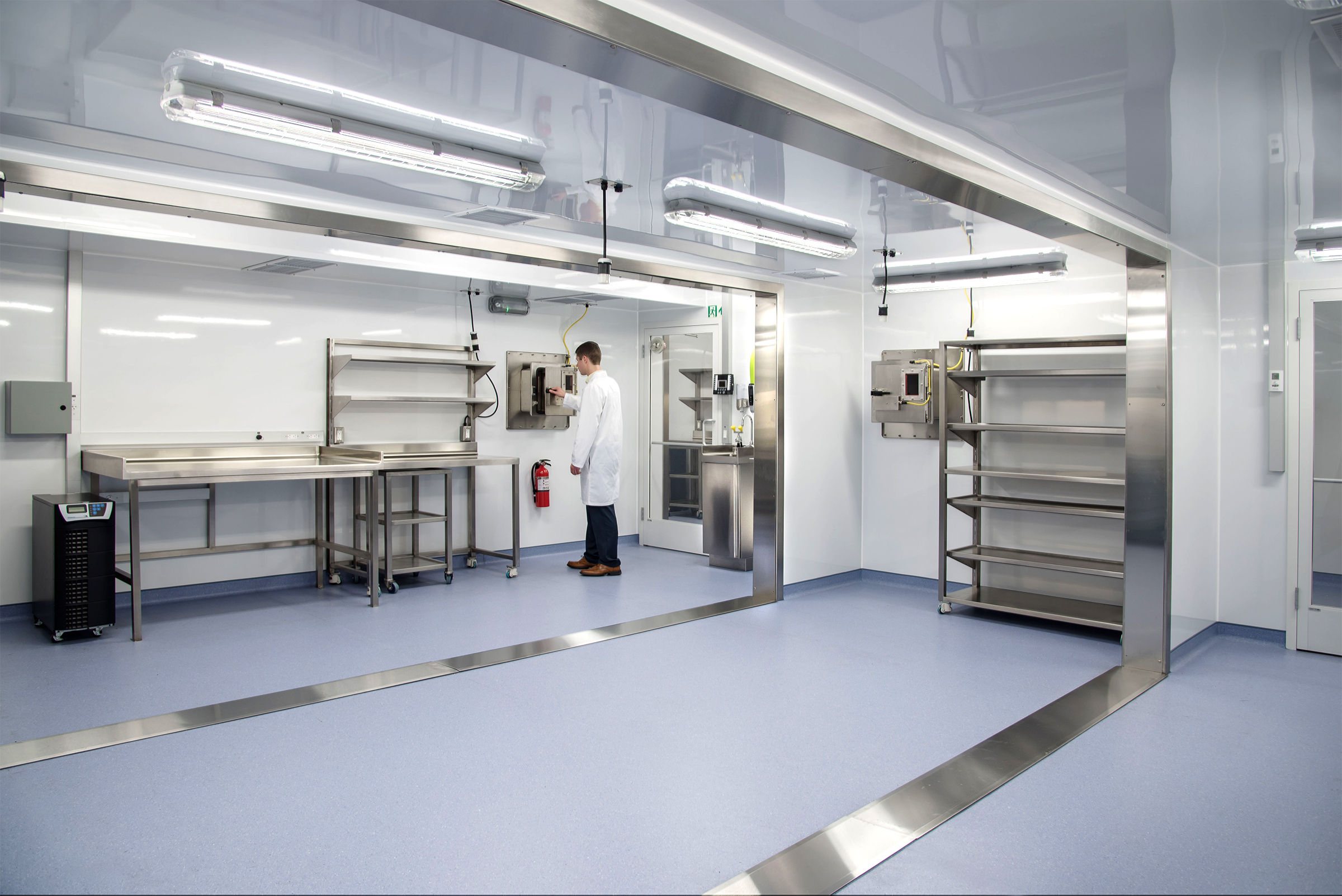 Germfree-Biosafety-Lab-Interior-Modular.jpg