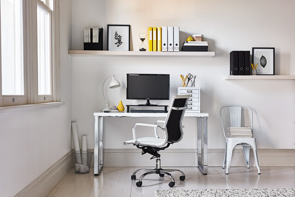 Interior-Styling-Product-Assistant-Stylist-Officeworks-Melbourne-2016-1-Cassie-Smith-Ilsa-Melchiori.jpg